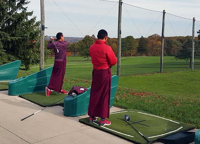 Jain golfers at the range