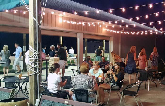 Putters Pub patio medina OH