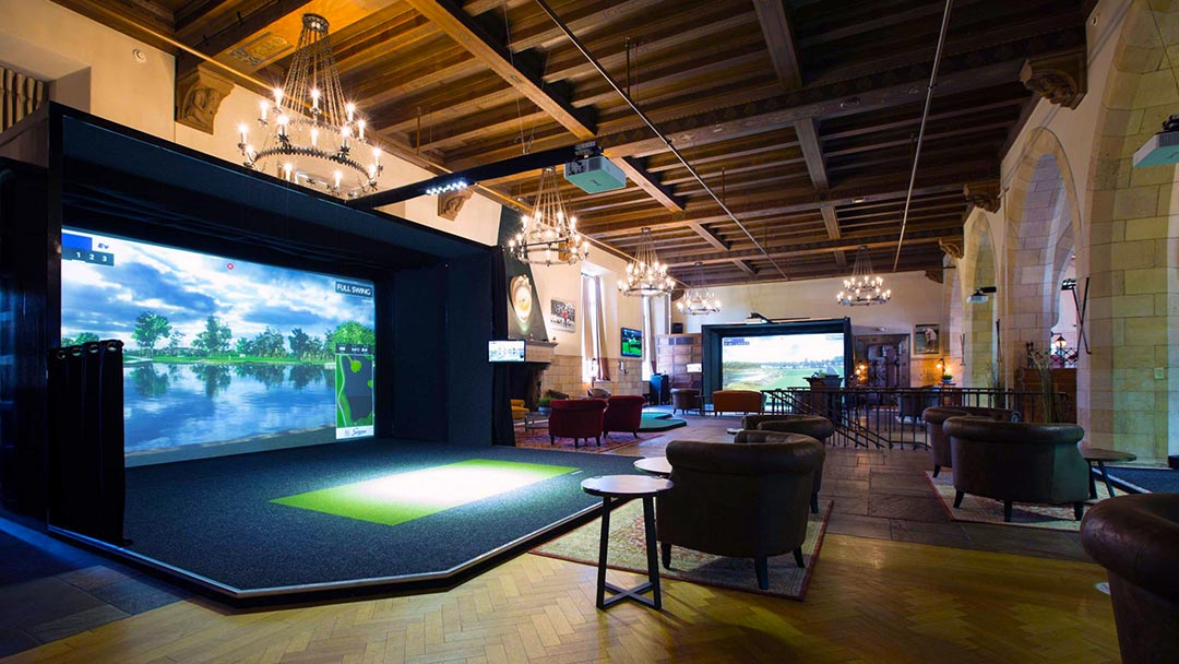 Proximity Golf Lounge, Cleveland Heights Ohio